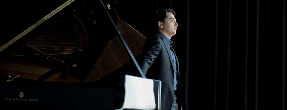 Igor Tchetuev, Pianist Photo: Marco Borggreve