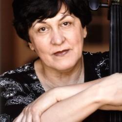 Natalia Gutman - Photo  Benjamin Kaufmann