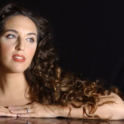 Norah Amsellem, portrait
